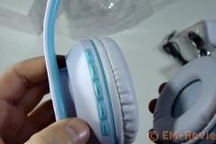 EM-Reviews_Auriculares_Bluetooth_blancos_plegables0087