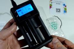 EM-Reviews_Cargador_de_bateria_USB_Pantalla_LCD_iEGrow6206