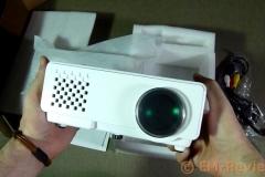 EM-Reviews_Proyector_Mini_LED_portátil3196